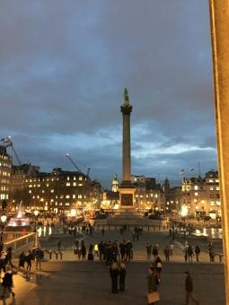 Trafalgar Square (zoek de Big Ben)